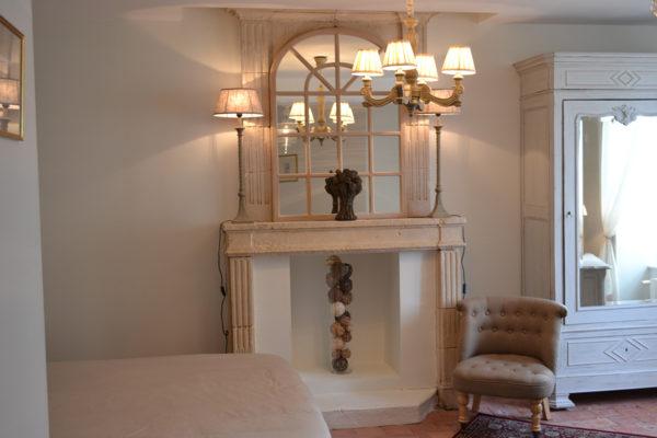 http://www.falaiseguesthouse.com/wp-content/uploads/2017/05/Maison-des-Buis-Mathilde-0099-600x400.jpg